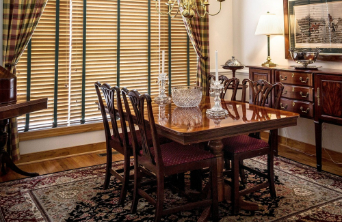 hints on picking a dining room furniture 1
