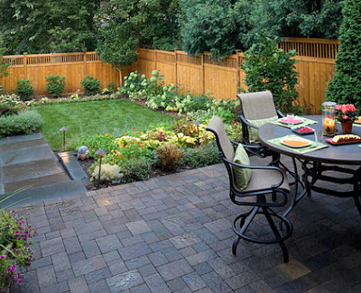 design ideas for small yards 7