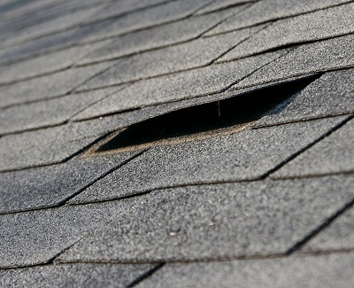 a guide to common roofing damage2