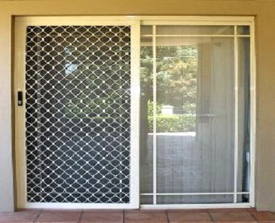 What Are The Features And Benefits Of Aluminum Fly Screen