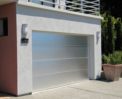 Modern Garage Door Trends For Attractive Homes Kravelv