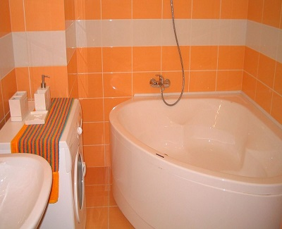 Tips On Choosing The Right Bathtubs For Small Bathrooms