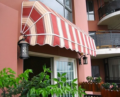 Different Types Of Folding Arm Awnings For Outdoor And Their