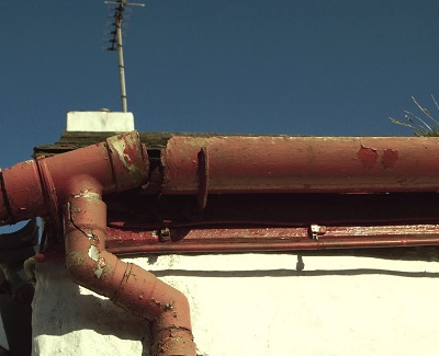 faulty gutter systems1