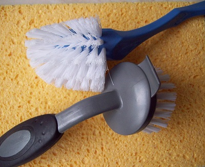 toilet-and-bathroom-cleaning