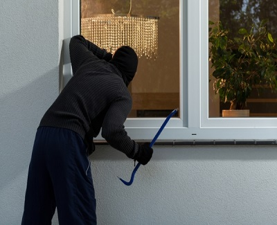 how-to-use-designed-defense-to-stop-burglars-in-their-acts