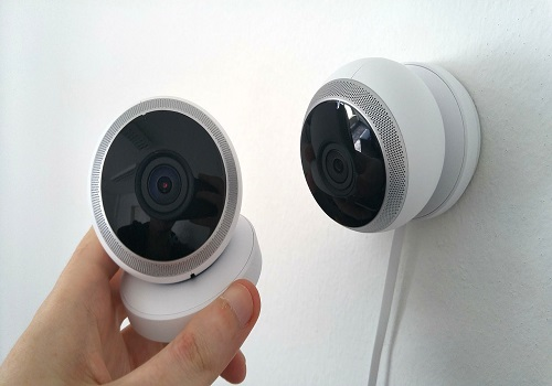 5 effective low cost options for home security kravelv - Low cost camera ...