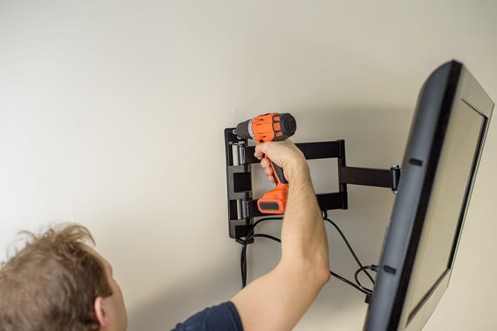 how to mount tv on the wall
