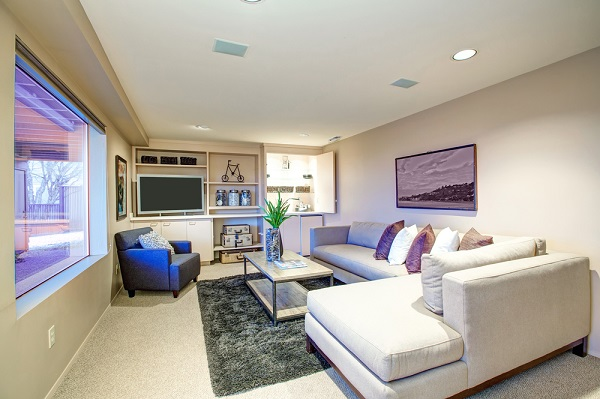 living room layout for entertainers